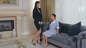 Wealthy MILF India Summer samples young maid Emily Willis' sexuality