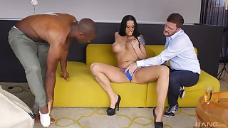 Slutty MILF Simony Diamond double penetrated and cum glazed