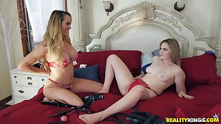 Blindfolded Brett Rossi and Britney Light take turns fucking one guy